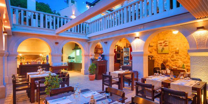 Restaurant-Passarola-Hvar1